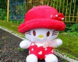 hello-kitty-topi-s-merah
