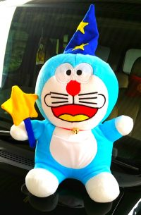 Boneka Doraemon Sulap