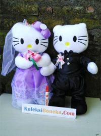 http://koleksiboneka.com/wp-content/uploads/2018/05/boneka-pengantin-hello-kitty-kbc-toys.jpg