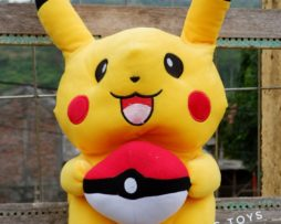 Boneka Pikachu Bola