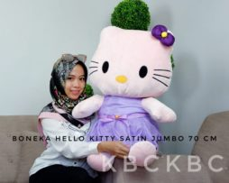 hello-kitty-satin-jumbo