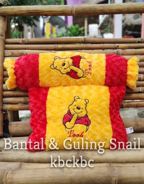 BANTAL-GULING-SNAIL-POOH-1